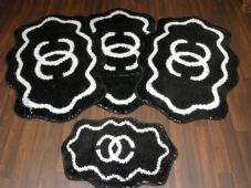 Shaped Non Slip Washable Traveller/Gypsy Mat Set 4Pc CC Black/off White All Colours Available (2)